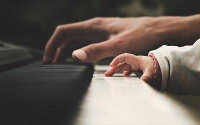 5 vprašanj, ki zanimajo vsakega pianista začetnika